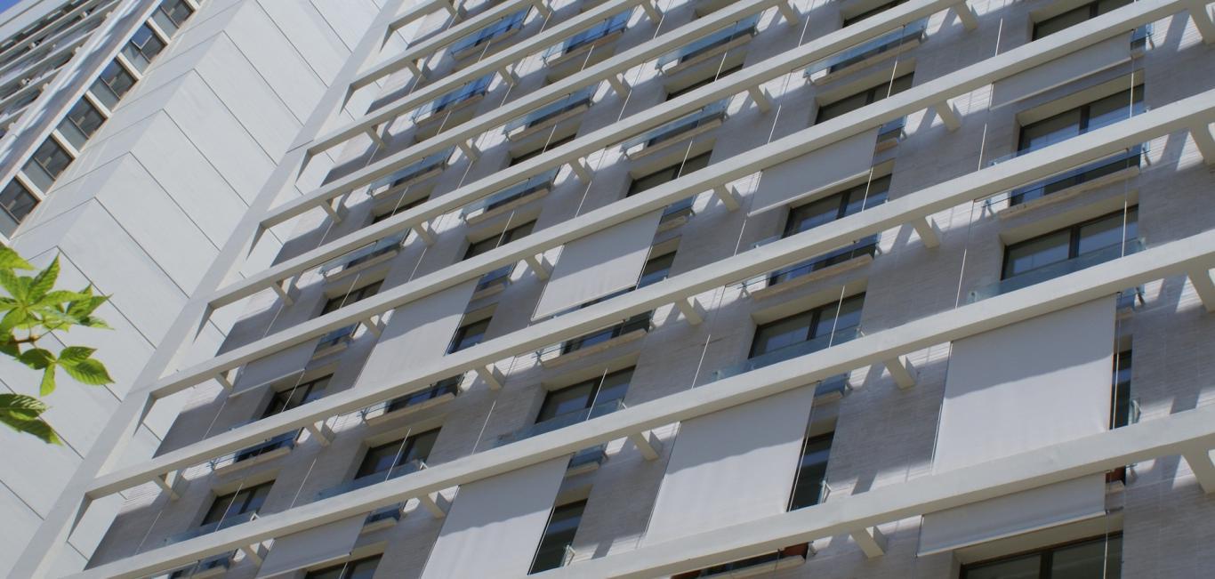 Toldos Verticais - Hunter Douglas -  Terraço/Varanda
